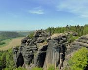Eine der großartigen Aussichten vom Gipfel der Schildkröte am Pfaffenstein