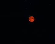 Längste totale Mondfinsternis unserer Zeit, Almuth gelingt diese etwas nachgeschärfte Schnappschuss