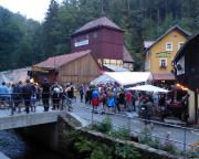Nach einem tollen Tag, einer heißen Woche, Abschied auch von der Buschmühle, wo die Party noch lange durch die Nacht andauert