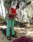 Einbinden zur großen Bergfahrt - Almuth am Fuße ihres Traumgipfels