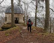 Ankunft über den Oberen Fremdenweg am Pavillon auf dem Kleinen Winterberg
