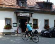 Endlich ein Einkehrpunkt, das Gasthaus Fichteschänke in Friedersdorf