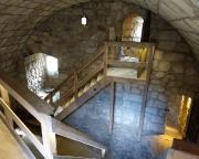 Blick in einen Bereich des Wohnturms der Burgruine