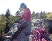 Almuth im Gegenlicht beim Gipfelbucheintrag