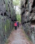 Abstieg vom Nonnenfelsen durch die Zigeunerstuben zum Gondelteich