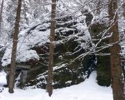 Seife am Quenenweg, Nachbargipfel des Herbertfels, im Winter