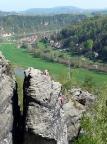 Erikascheibe, Blick vom Gipfel auf die Wetterwarte und auf Rathen