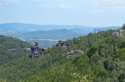 40 - Blick vom Gohrisch über die Hunskirchen zum Falkenstein und der Schrammsteinkette