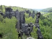 1 - Blick vom Großen Herkulesstein in die Felsenwelt des Bielatals