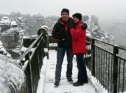 Auch das ist Wintersport: wandern im Elbsandsteingebirge, hier an der Bastei